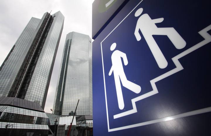 El comit de supervisores bancarios dice que los test for Oficinas de deutsche bank