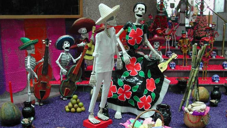 On Off: Fiesta de Difuntos en México