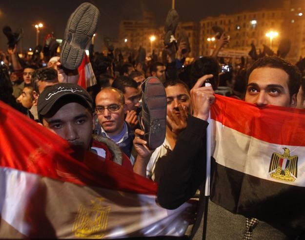 Consternación por la continuidad de Mubarak