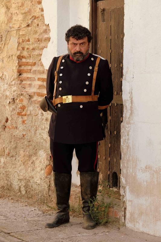 Paco Tous es el sargento Giralda, superior de Ros