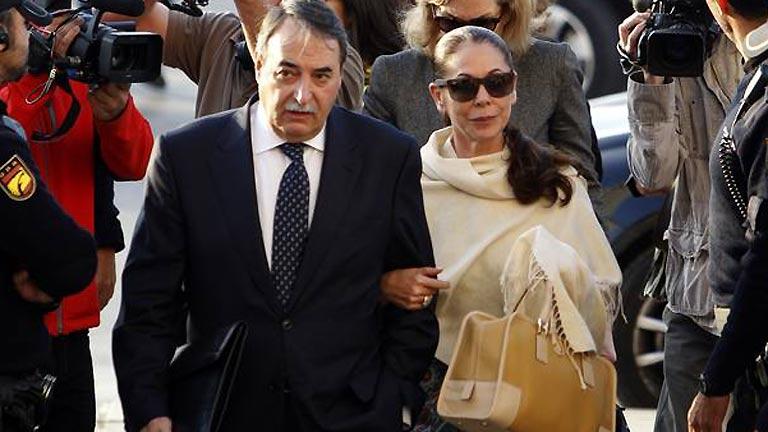 Pantoja tendrá que devolver la Medalla de Andalucía tras revocación concesión