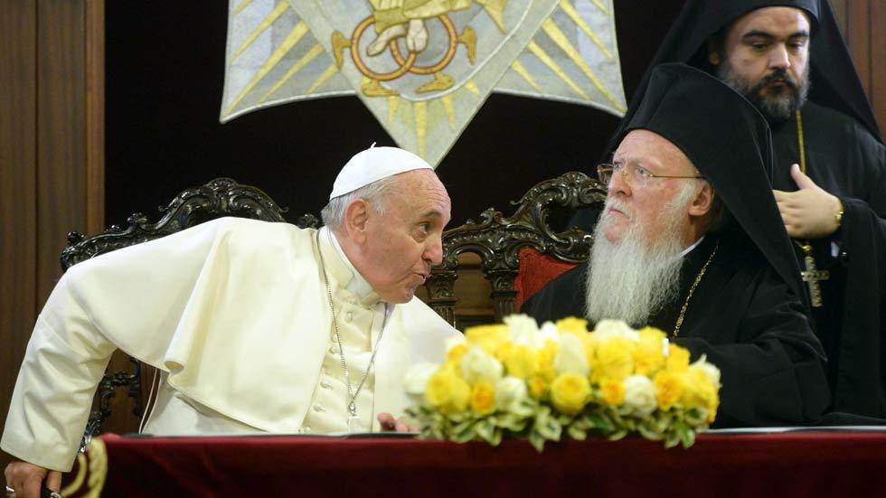 El papa Francisco condena la persecución que sufren los cristianos en Oriente Medio