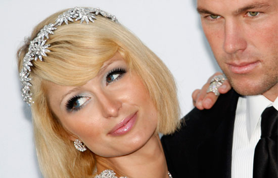 Corazón - Paris Hilton, de nuevo soltera