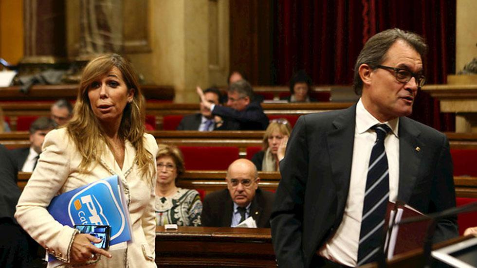 Mas afirma que los catalanes no temen al Estado y critica que el PP recurra a la Fiscalía