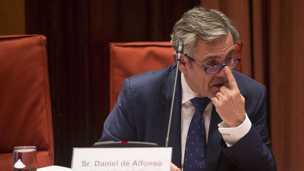 El Parlament destituye al director de la Oficina Antifraude con los únicos votos en contra del PP