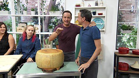 Torres en la cocina - Pasta cuatro quesos con setas y carrillera