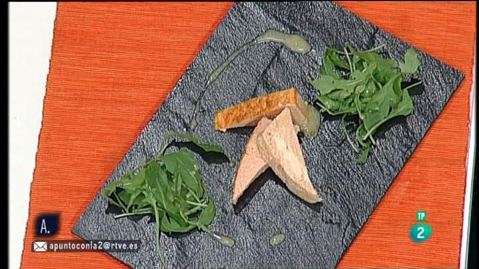 A punto con La 2 - Cocina a punto - Pastel de salmón con salsa de mostaza