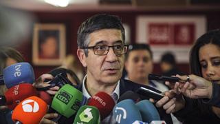 """Patxi López: """"Nos espera la sociedad española para volver a ser ese PSOE referencia de la izquierda"""""""