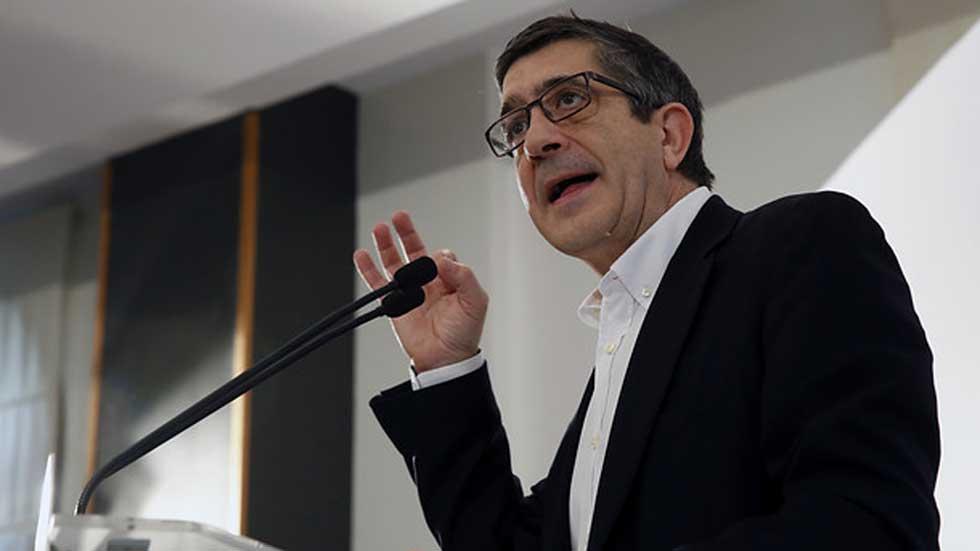 """Patxi López vaticina el """"desastre"""" en el PSOE si el partido entra en un debate de puro enfrentamiento"""
