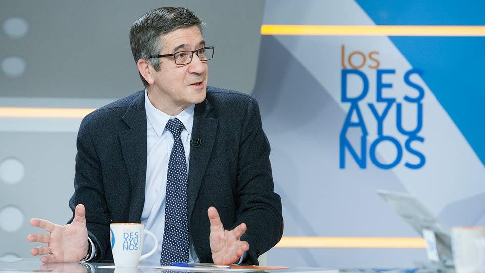 """Patxi López vaticina el """"desastre"""" si el debate se centra en enfrentar a """"pedristas, patxistas y susanistas"""""""