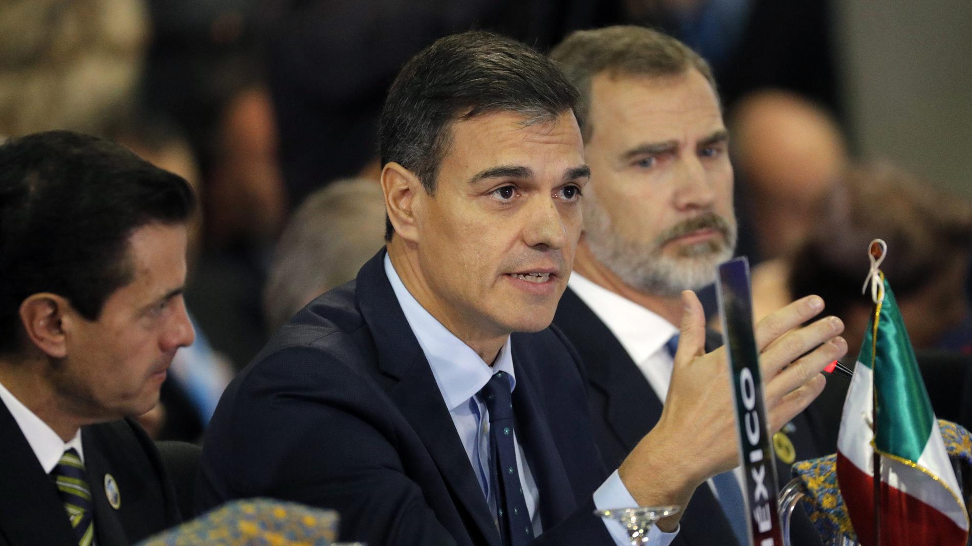 """Pedro Sánchez: """"La democracia es el único sistema que puede vencer al miedo"""""""