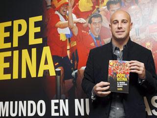 Pepe Reina presenta su libro
