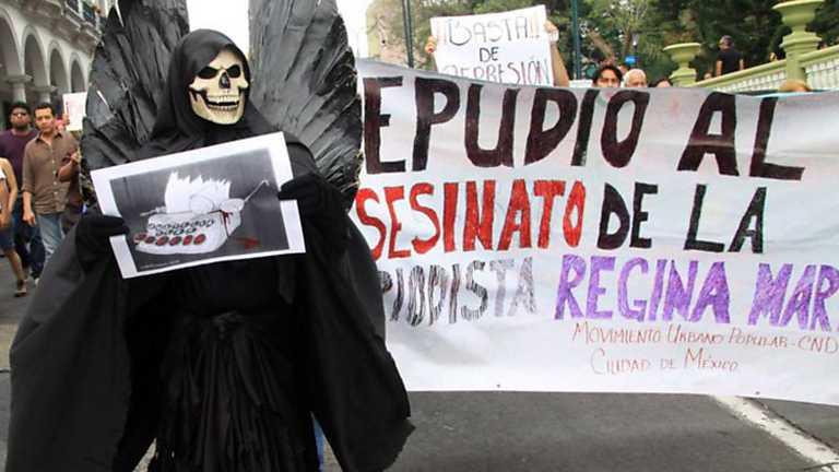 Informe Semanal - Periodistas mexicanos: entre el plomo o la plata
