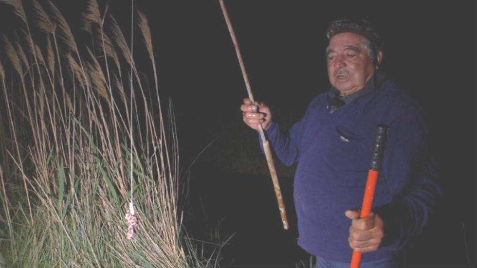 Aquí la tierra - Pesca con paraguas