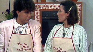 Con las manos en la masa - Elena Santonja y Pedro Almodóvar: Pisto manchego y cordero a la caldereta