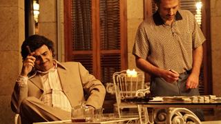 Especial Nochevieja José Mota - ¿Plata o plomo?, Mota se convierte en Pablo Escobar