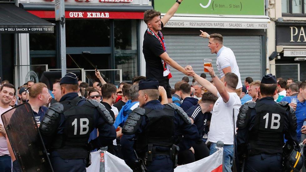 La Policía francesa detiene a más hinchas en Lille por nuevos disturbios tras el Rusia-Eslovaquia