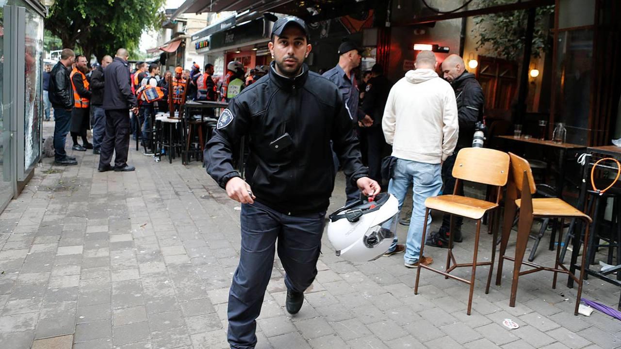 La policía israelí persigue al autor del tiroteo ocurrido este viernes en Tel Aviv