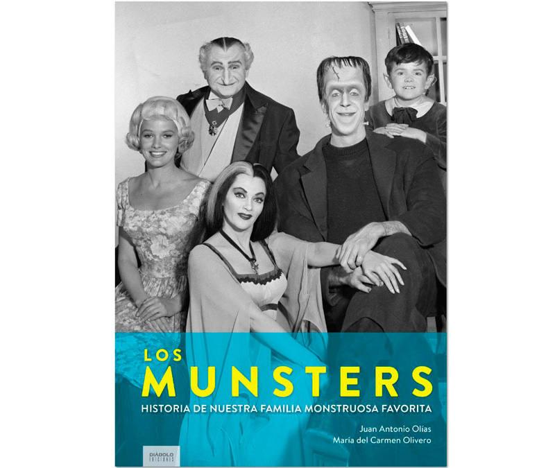 Portada del libro 'Los Munster. Historia de nuestra familia monstruosa favorita'