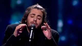 """Eurovisión 2017 - Portugal: Salvador Sobral canta """"Amar Pelos Dois"""""""