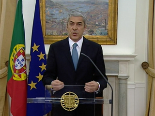 Ver vídeo  'Portugal es el tercer país de la Unión Europea, tras Grecia e Irlanda, que solicita ayuda financiera'
