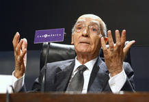 Portuguese Nobel Literature laureate Jose Saramago gestures during a news conference in Madrid