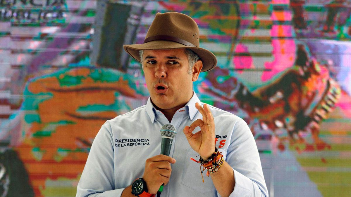 El presidente de Colombia suspende el diálogo con el ELN hasta que libere a todos los secuestrados