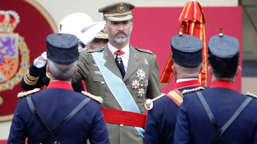 Primer desfile de la Fiesta Nacional con un Gobierno en funciones y sin jefe de la oposición