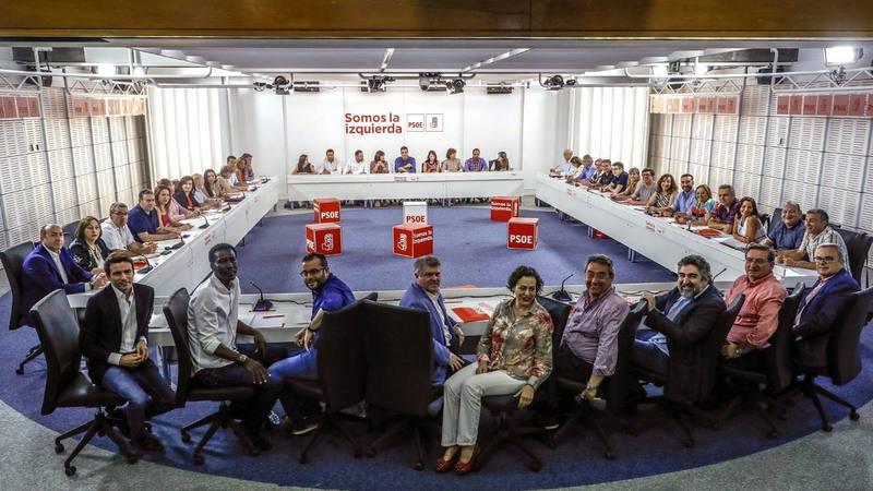 Primera reunión de la nueva Ejecutiva federal del PSOE.
