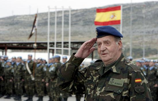 El Rey llega a la base española de Marjayún para visitar a las tropas en Líbano