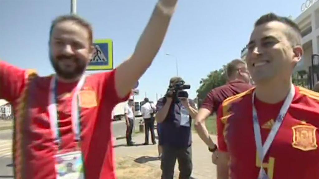Los primeros aficionados españoles llegan a Sochi