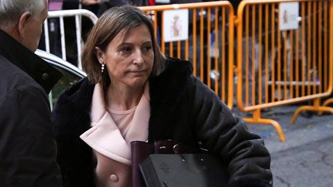 """Prisión eludible bajo fianza de 150.000 euros para Forcadell por su """"actuación principal"""" en el proceso independentista"""