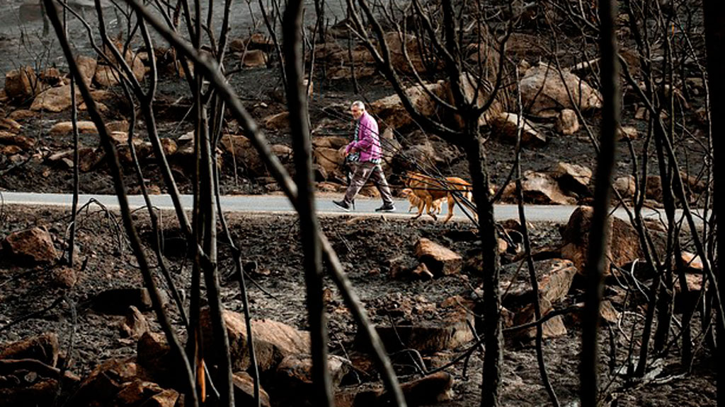 Problemas de suministro de agua y comunicaciones tras los incendios en Galicia