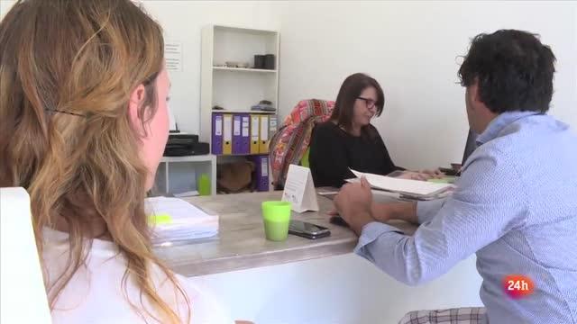 REPOR - Ibiza cuelga el cartel de completo - Los propietarios de las viviendas acostumbran a pedir el pago de todo el alquiler por adelantado