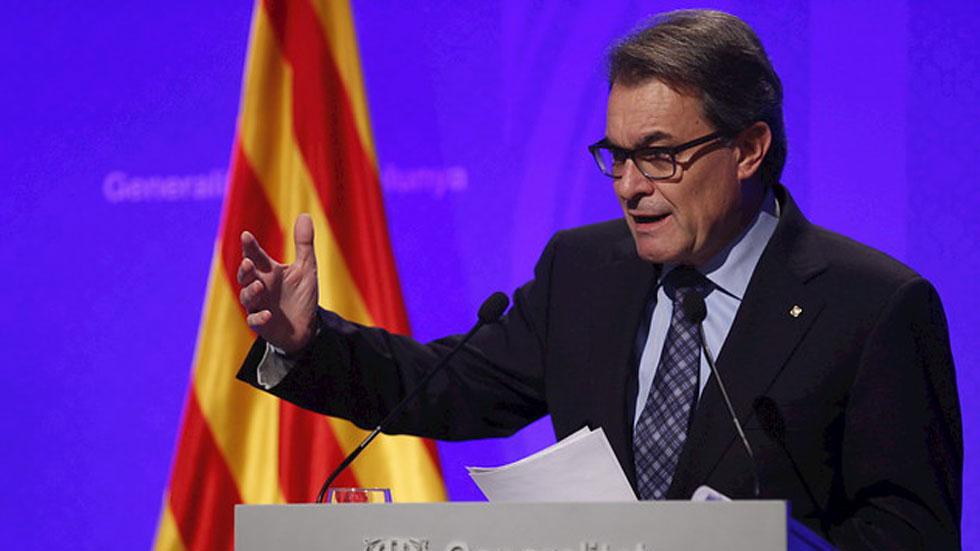Mas pide a Rajoy una consulta definitiva y convocará elecciones si es necesario