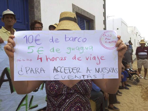 Bankia recula y mantendr abierta su oficina en la isla for Buscador oficinas bankia