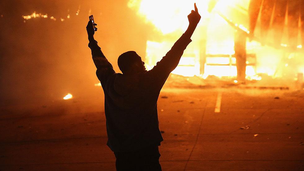 Protestas en varias ciudades de EE.UU. tras la absolución del policía que mató a un joven negro
