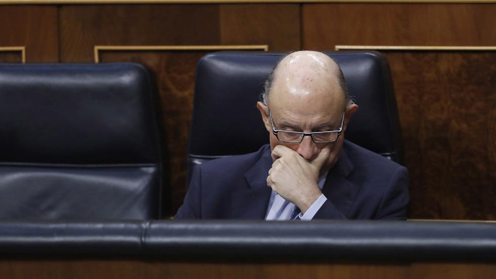 El PSOE justifica la reprobación al ministro de Hacienda por impulsar la amnistía fiscal