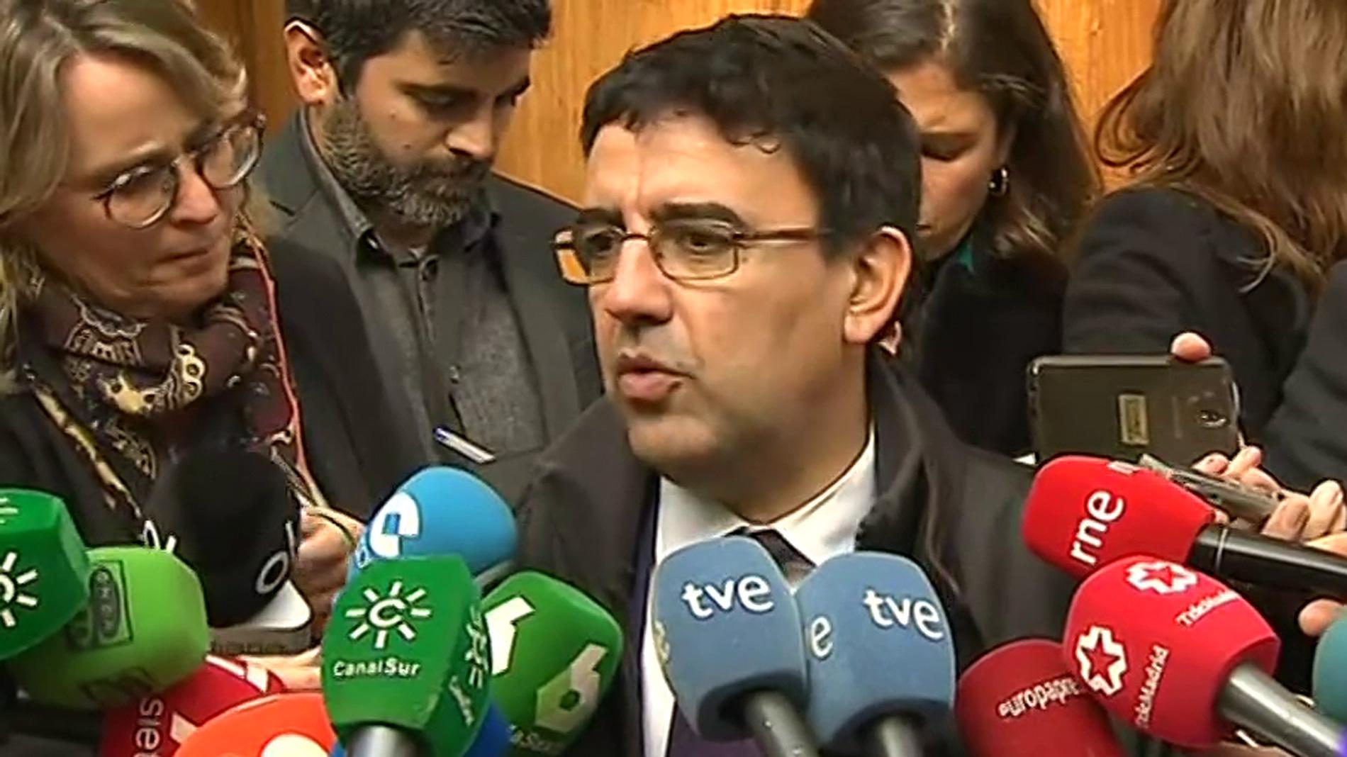 El PSOE-A y Podemos ven en el discurso de investidura de Moreno un Gobierno débil y sin proyecto