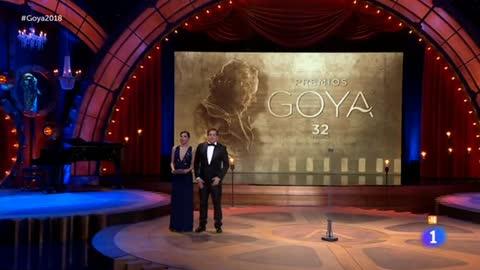 El público ovaciona en los Goya a Reyes Abades, el maestro de los efectos especiales fallecido esta semana