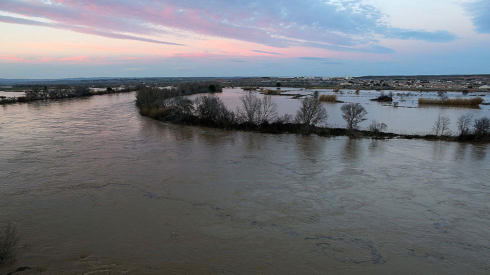 Los pueblos de la ribera del Ebro de Zaragoza, más tranquilos por el descenso del río