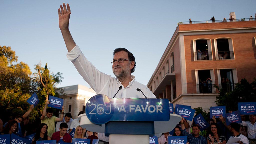 """Rajoy insiste en que """"la unión hace la fuerza"""" y """"los moderados deben ir juntos"""""""