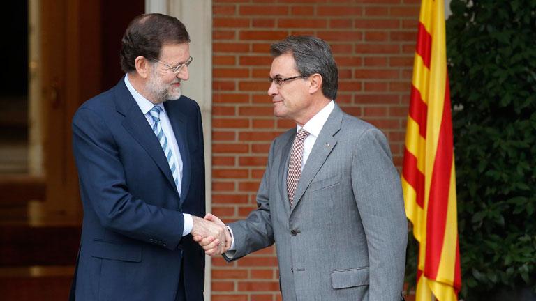 Rajoy y Mas muestran mayor distancia y más seriedad que en su última reunión hace siete meses