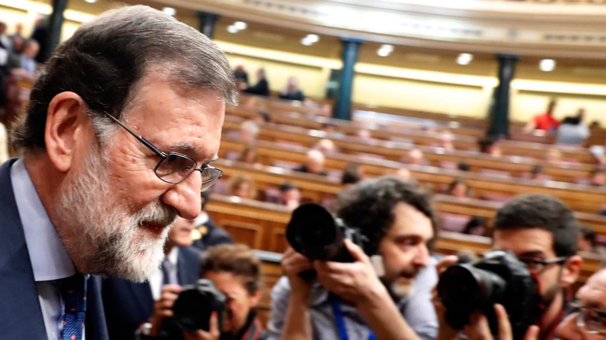"""Rajoy ordenó a Cifuentes que dimitiera: """"Ha hecho lo que tenía que hacer"""""""