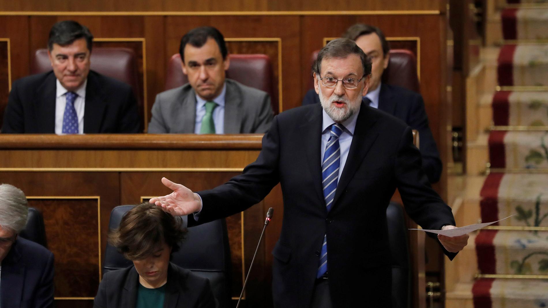 """Rajoy pide a Rivera que """"no se equivoque de adversario"""" en Cataluña y niega que el FLA se haya usado en el 'procés'"""