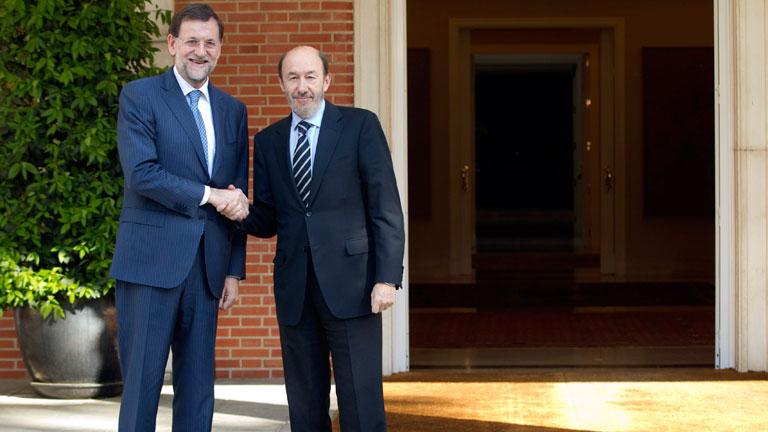 Rajoy recibe a Rubalcaba en la Moncloa en su segundo encuentro oficial