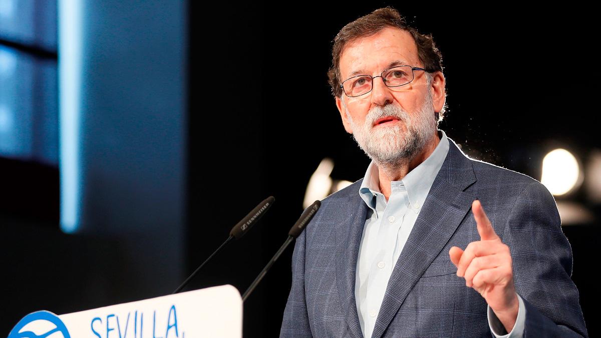 Rajoy reprocha a Ciudadanos que no facilite grupo al PP en el Parlament