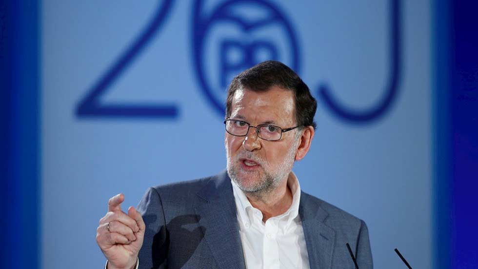 """Rajoy: """"Vamos a bajar los impuestos, es lo que nos diferencia de los demás"""""""