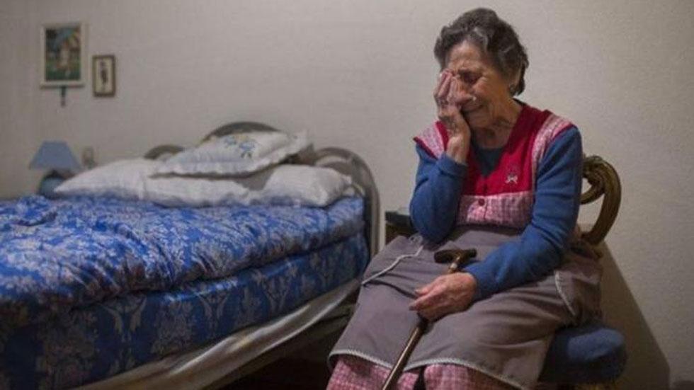 El Rayo Vallecano CF ayudará a la anciana deshauciada en Vallecas