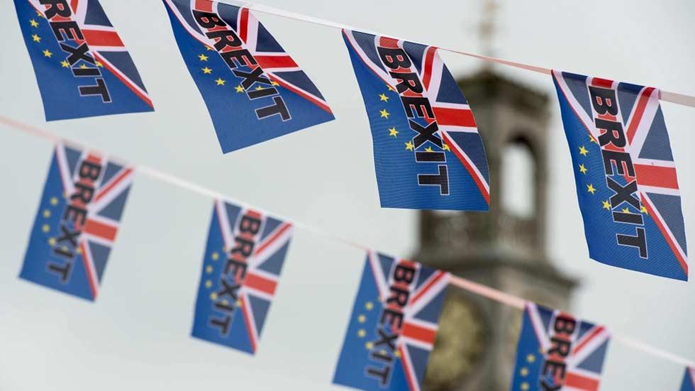 Reanudada la campaña del referéndum en Reino Unido tras el asesinato de Jo Cox